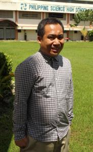Dr. Aris Larroder